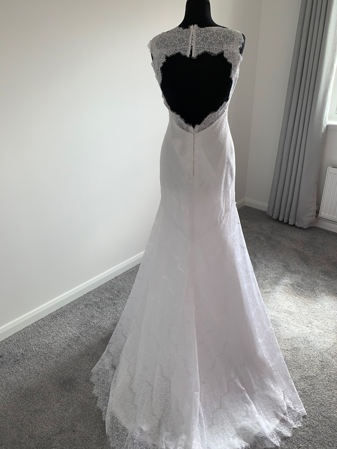 Essense of Australia wedding dress (D17266) image 3